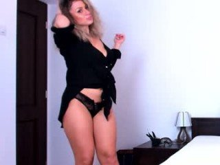 lilshyalice cam girl loves vibration from ohmibod in her pussy online
