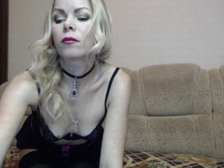 svet-len blonde cam babe with small tits needs much live sex