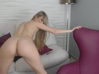 staceywood european cam babe rubs her smooth pussy till she cums