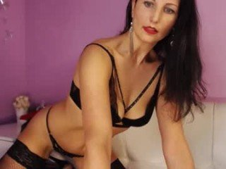paolarizzi rough sex and role play with horny cam babe