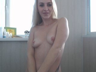 -sashasexy- cam girl showing big tits and big ass