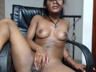 dalyndanina20 cumshow with dildo online