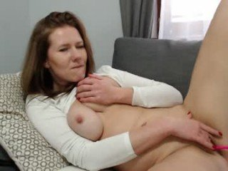 dirtysecretgirl1 cam girl likes using hot adult toys live on XXX cam