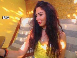 ladycharmer  beautiful cam babe loves fetishism online