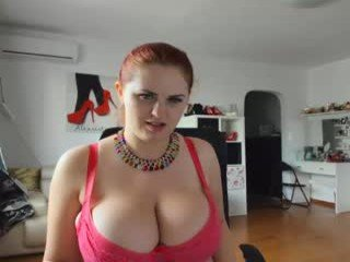 alexsisfaye cam girl with big tits waiting for her teacher to give her a private lesson