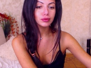 sindisweet beauty cam babe dancing and undressing to music