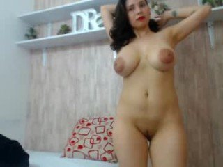 kimberlyrosse latina cam babe adores live sex and loves getting her pussy filled with cum