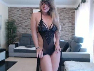 angel_danm_milf big tits cam girl gets an orgasm from ohmibod in her tight pussy